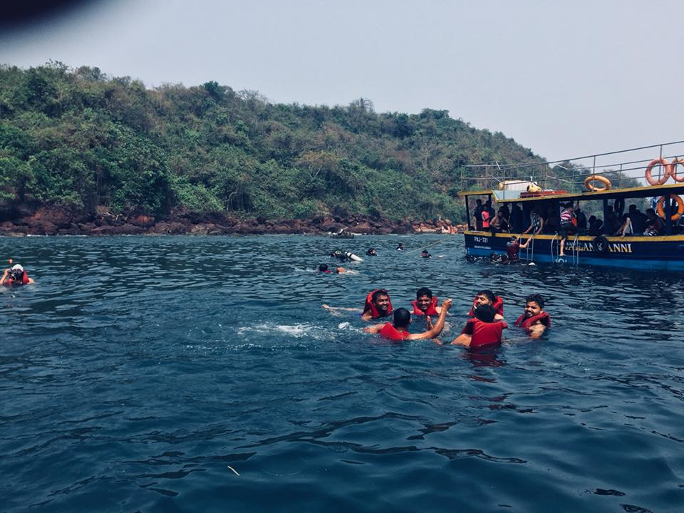 Scuba Diving Training at Grand Island - Goa